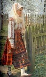 Costum femeiesc din Muntenia